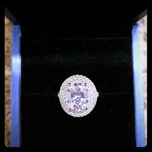 NWT 3.86 carat center stone ring!